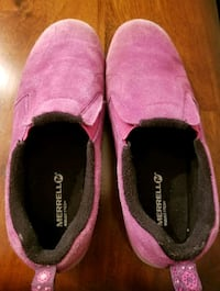pair of pink Toms slip-on shoes Riverview, 33578
