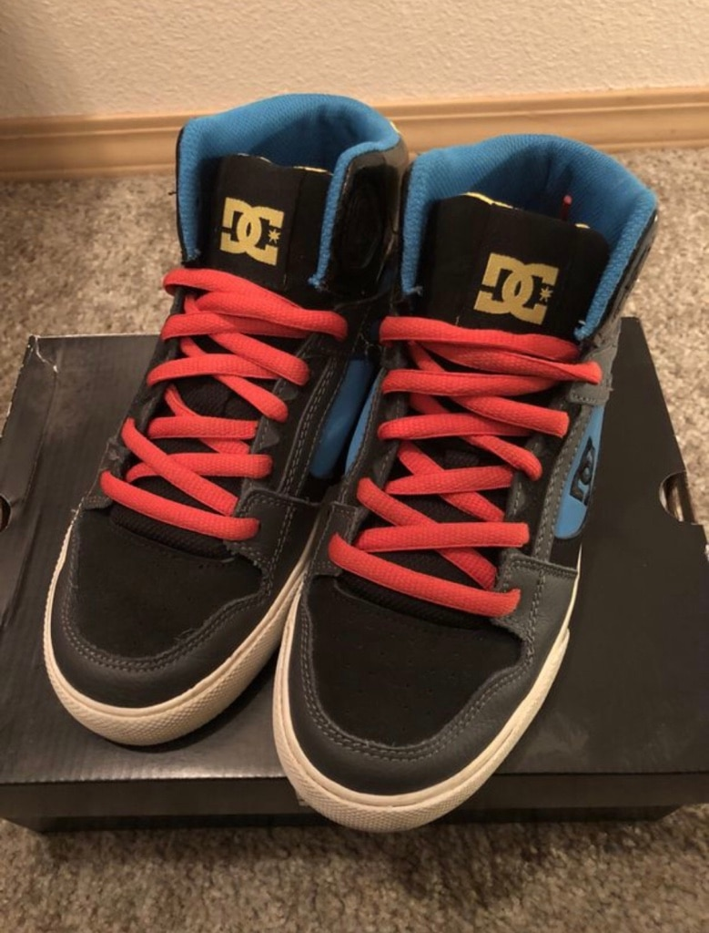 Photo DC Shoes - Youth Spartan High Boy's size: 4.5