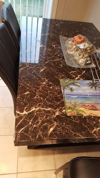 brown granite top dining table Guelph, N1L 0E3