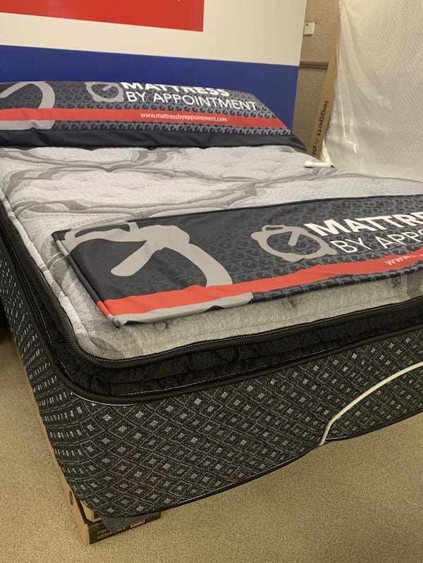 Truckload Mattress Sale! Queen, King, Full and Twin sizes ** $40 down cfbe0971-bd83-489a-a3c1-7b54b932b764