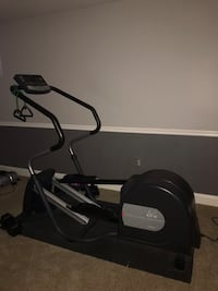 Black elliptical trainer Clifton, 20124