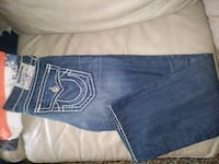 men's True Religion straight jeans size 36/34 BNWT Toronto, M2M 4B9