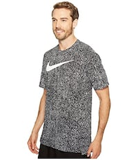 Mens Nike Dry -Fit - Size X- Large Markham