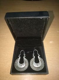 silver-colored bib earrings with case Ahmedabad, 380058