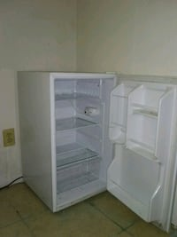 Mini fridge and freezer Houston, 77038