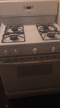 Hotpoint,white gas stove  Temple Hills, 20748