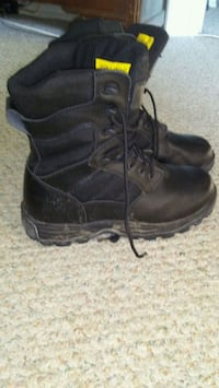 Steel toe size 10 military boots Calgary, T1Y 5G9