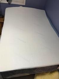 Mattress topper  Guelph, N1C 1E3