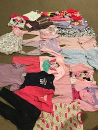 Girls 2T lot (26 pieces) Wyoming, 49509