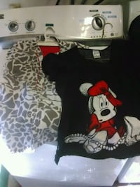 black and white Mickey Mouse print shirt Bakersfield, 93309