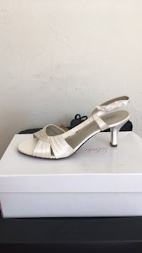 white leather open toe ankle strap pumps Everett, 02149