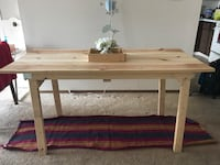 Dining table (5ft x2.4 ft)