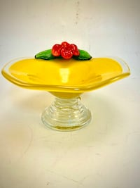 Stunning Yellow Footed Art-glass Bowl With Single Red Flower!