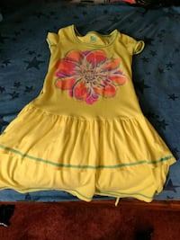 yellow and red floral cap-sleeved dress Kennewick, 99336