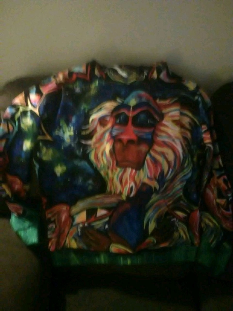 Photo Lion King hoodie new