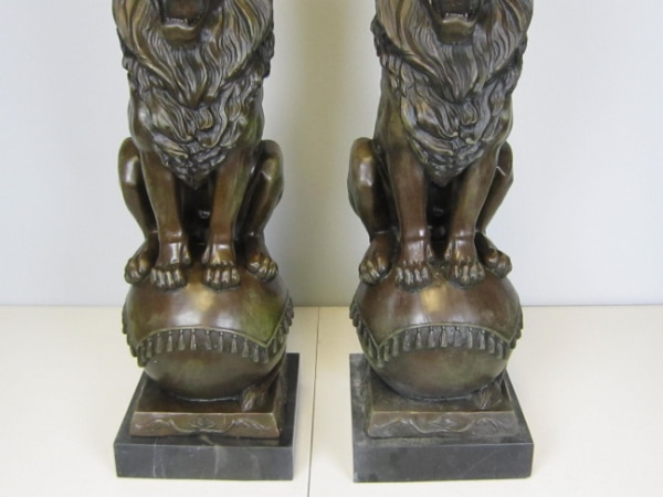 Lion Jungle King Bronze Statue on Marble Base Sculpture (25X8 Inches) fbb98419-acd1-4144-b452-b243e180f73c
