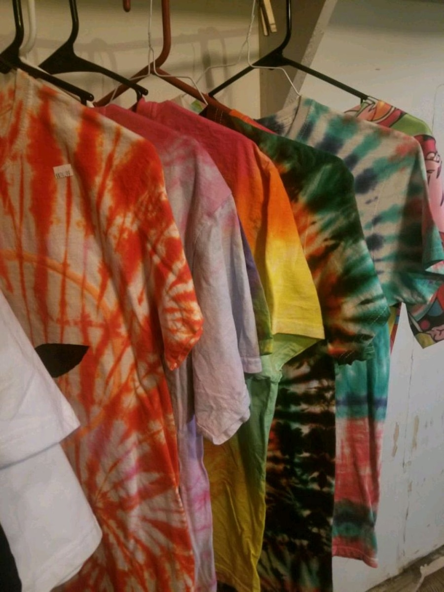 Photo I will part with 6 of them.Original Tie dye T-shirts, very cool!