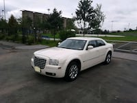 2008 Chrysler 300 - pearl white Jersey City, 07302