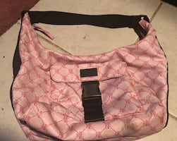Genuine Ralph Lauren handbag. Used a couple of times, but in great condition! It's really super cute!!