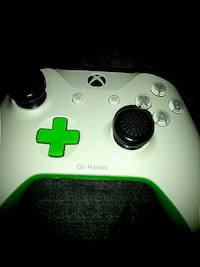 Custom Seahawk Xbox One Controller Vancouver, 98662