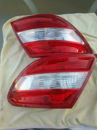 Mercedes-Benz W204 C-Class Tail Lights Los Angeles, 90031