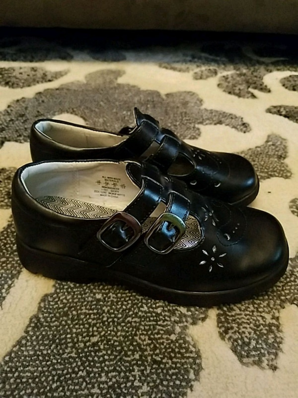 ab3bc4652cc Used Girls dress shoes for sale in Lorain - letgo