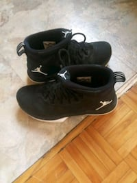 Kids Jordans size 8 and 1/2 Hamilton, L8G 1A3