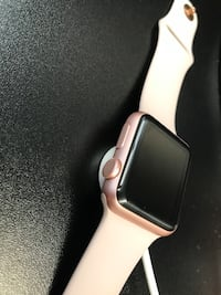Apple Watch 38mm Rose Gold  - 1st Gen. London, N5X 4E8