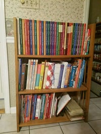 Cook book collection and shelf 315 mi