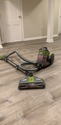 black and gray canister vacuum cleaner Chevy Chase, 20815