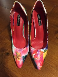 Pair of multicolored floral no.55 shoes almond-toe pumps 552 km