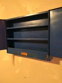 Mounted tool box
