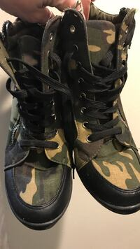 Army coloured runners with heel Hamilton, L8J 3Z6