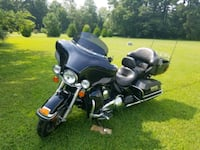 2010 one owner black harley ultra classic Spring Grove, 23881