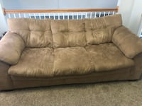 Couch and Lovseat combo   Newport News, 23602