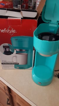 teal Chefstyle coffeemaker with box