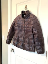 Small women's Kensie light down jacket.