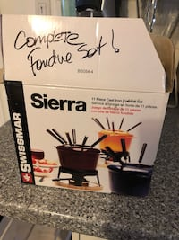 White Sierra complete fondue set New York, 10012
