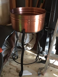 Brass Serving Tub and Wrought Iron Stand Woodbridge, 22193