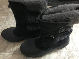Brand new columbia heavy duty winter boots