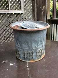 Vintage Galvanized Metal Minnow Pail London, N6B 2B2
