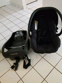 baby's black and gray car seat carrier Toronto, M6N 4K2