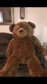 Huge 5ft stuffed bear  Burbank, 91504