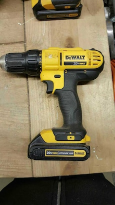 20V Lithium Ion  Dewalt driver and drill
