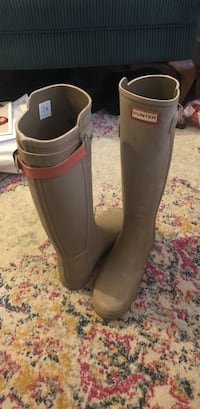 Hunter Boots in tan with orange strap on the back. Size 7 Arlington, 22201