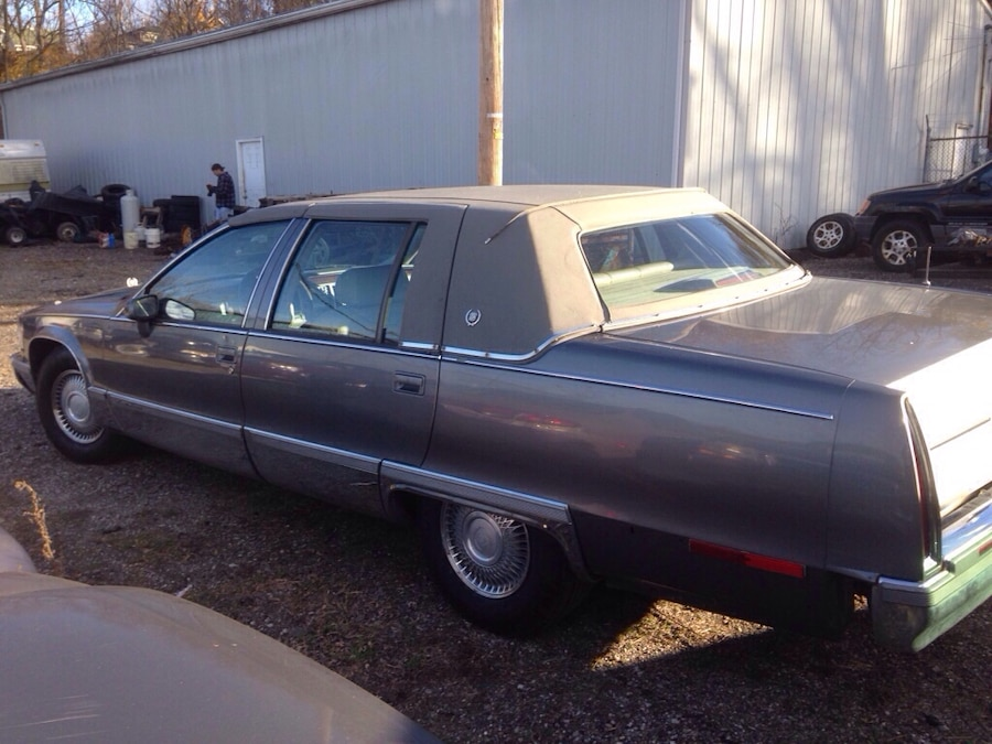 Used 93 caddy fleet wood in akron for Abc motors akron ohio