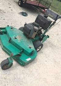 Lesco walk behind lawnmower  1367 mi