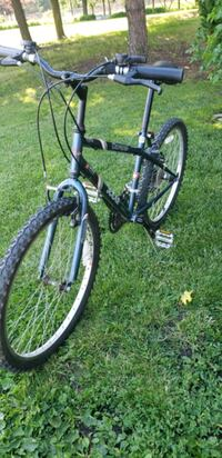 """Mountain Bike 24"""" Tires Frame 16"""" Exc Cond $80 best offer Mississauga, L5B 2C9"""