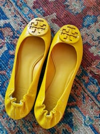 Tory Burch leather flats Vancouver, V5K 3E6