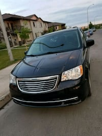 Chrysler - Town and Country - 2012 Regina, S4W 0B9